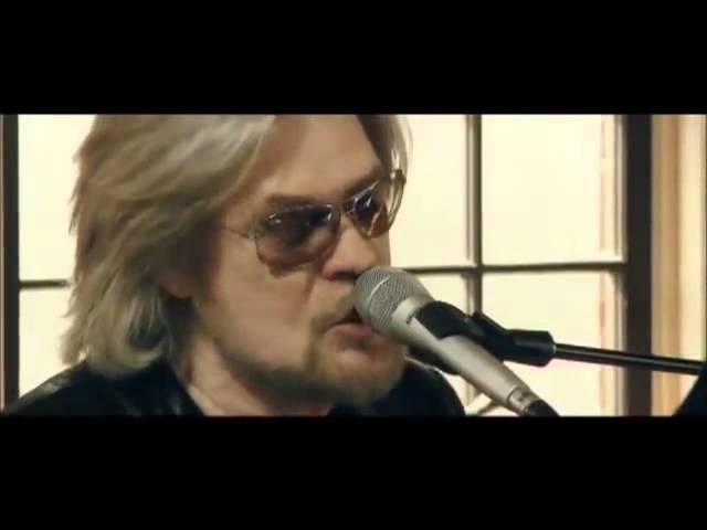 Sara Smile  Daryl Hall amp Rumer - Live from Daryl39s House