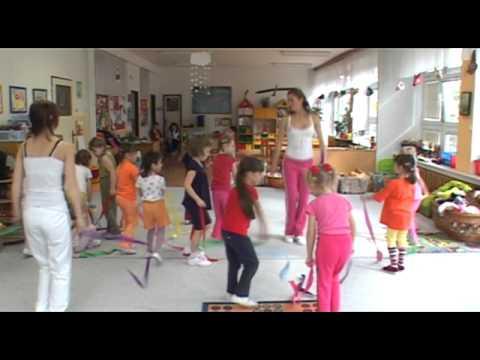 Cvičení s Hankou Kynychovou pro děti – 1. část