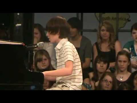Greyson Chance Singing Paparazzi with lyrics Video