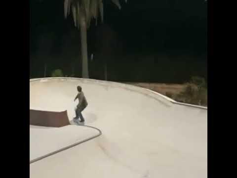 Lil sesion from @jaimemateu in Marbella / Bcn 🎥: @skate.jambo | Shralpin Skateboarding
