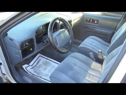 1995 Chevrolet Caprice Classic Ex-Police Interceptor Start Up. Exhaust. and In Depth Tour