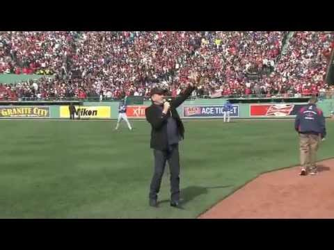 Neil Diamond Singing Sweet Caroline In FenWay Park 4/20/13