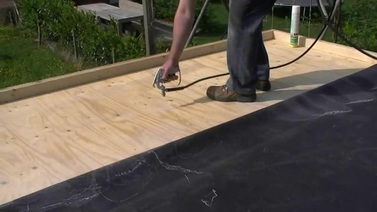 Spuitlijm , EPDM dakbedekking aanbrengen, bitumen dakbedekking ...