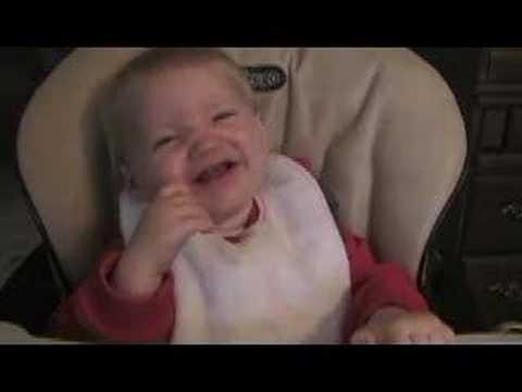 احلى ضحكة طفل فى العالم