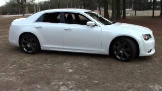 2013 Chrysler 300 SRT 8, Detailed Walkaround