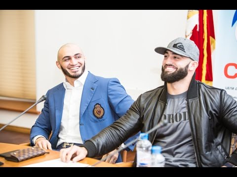 Боец MMA Адам Яндиев о разбитом Ламборгини: Какой ущерб?