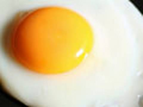 How to fry an egg Video