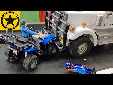 BRUDER POLICE ADVENT CALENDAR (3) Car CRASH wiz TRUCK