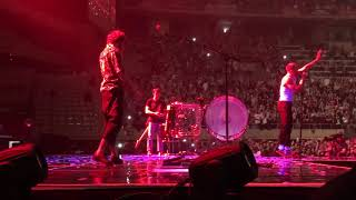 Download Lagu IMAGINE DRAGONS | Radioactive  [Live at the Evolve Tour in Barcelona] Gratis STAFABAND