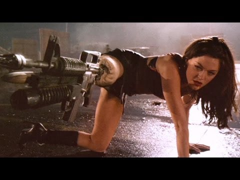 Top 10 Creative Horror Movie Weapons video