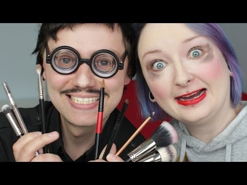 CYBER MARIAN DOES MY MAKEUP! - [ Red Lipstick Monster ]