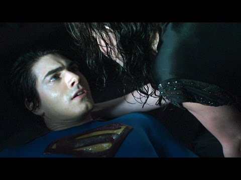 Richard and Lois saving Superman   Superman Returns