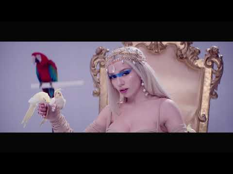 Download Ava Max - Kings & Queens    Mp4 baru