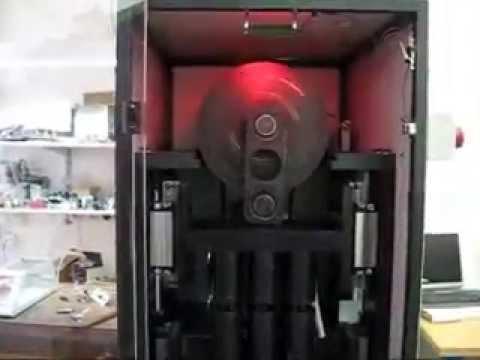Машина для динамических испытаний пружин