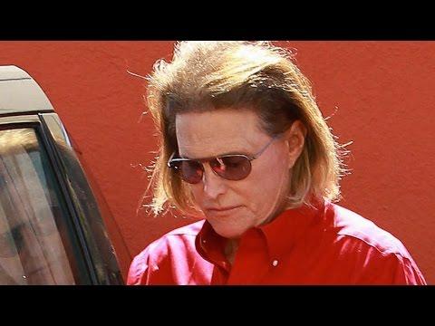 Bruce Jenner Car Crash Investigation + Bobbi Kristina Life Support