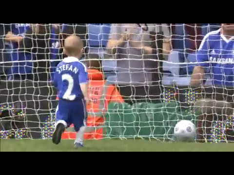 Stefan Ivanovic scores for chelsea