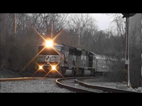 RBBX Circus Train Arrives in Cincinnati, OH
