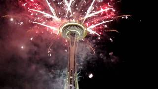 Seattle Space Needle Fireworks On New Year Day (2011) ( رأس السنة ٢٠١١ )