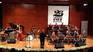 A night in Tunisia - İstanbul Gençlik Caz Orkestrası (Solo trompet : Sinan Şeşen)