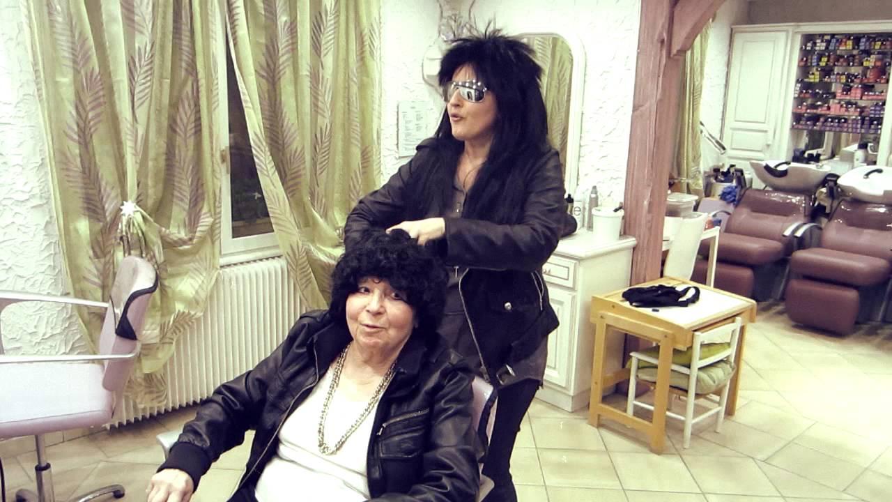 Jean luc lahaye femme parodie youtube for Jean luc dujardin