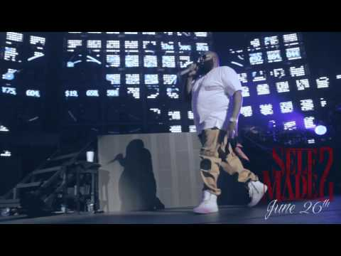 Rick Ross - Rick Ross at Club Paradise Tour (Meek Mill &amp; French Montana Get Fitted For Grillz By Pau