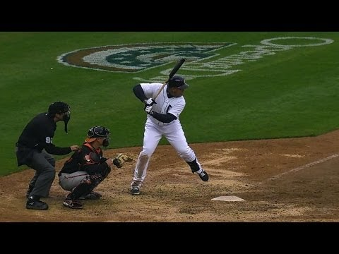 Cabrera's 2,000th hit is a moonshot to left