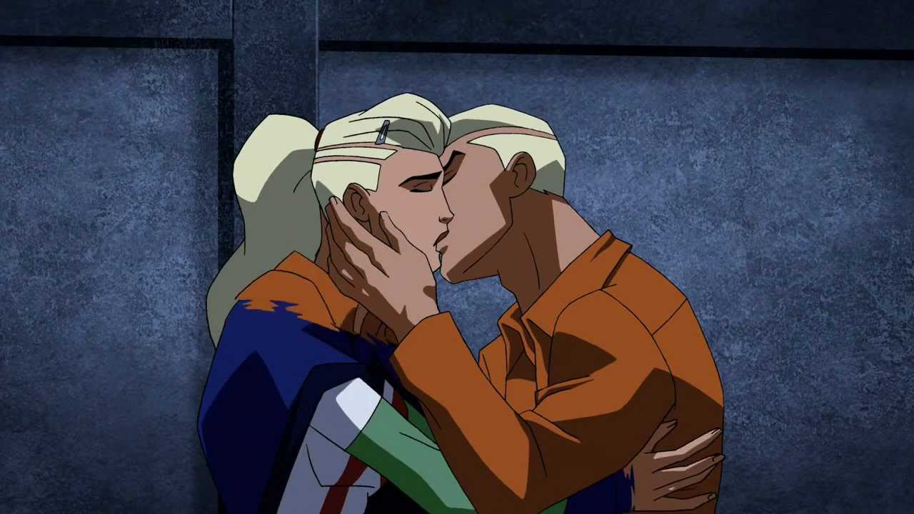 Young Justice Superboy And Miss Martian Get Back Together Young Justice - Superboy x