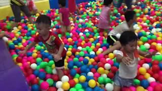 Bé đi khu vui chơi giải trí | Mạnh Bắc Ninh
