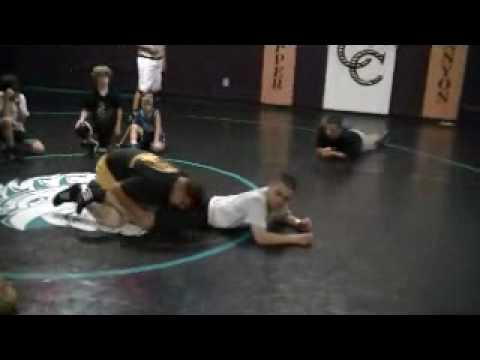 Richard Fimbres Single Leg Lace Short Time Freestyle Wrestling Technique Image 1