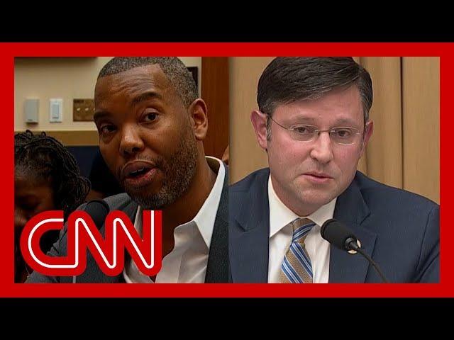 Congressman booed in reparations hearing thumbnail