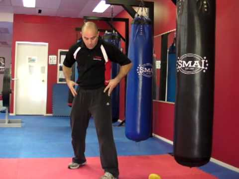 Boxing Footwork: The Basic Stance Image 1