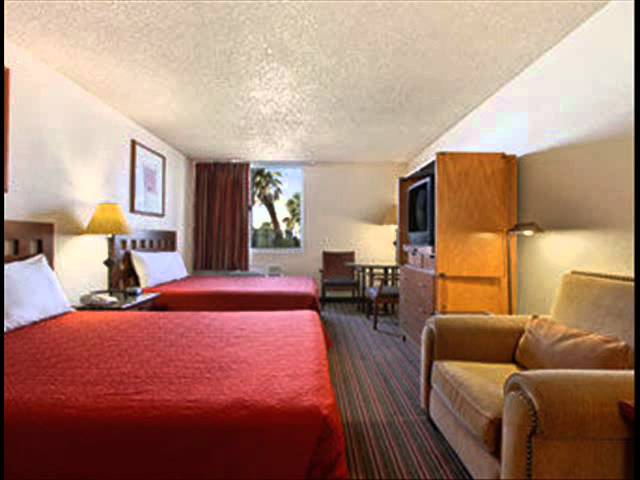 Travelodge Casa Grande - (520) 836-5000