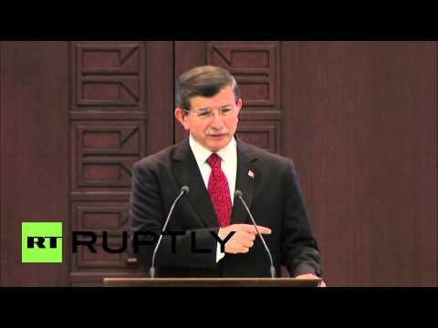 Turkey: PM Davutoglu slams EP over Armenian 'genocide' recognition