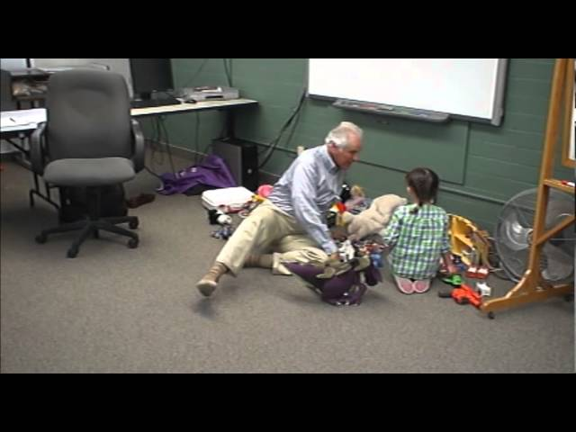 Dr. Yanon Volcani: Child Psychotherapy - Child-centered Play Demonstration (Part 2 of 2)