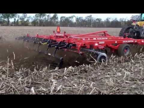 Kuhn Krause Excelerator® Vertical Tillage - Features and Benefits