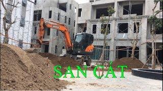Xuân Mạnh   Máy xúc DX55 san cát khu biệt thự