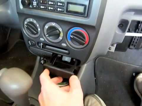 2005 Hyundai Accent GLS stereo removal and installation (Part 1 of 3)