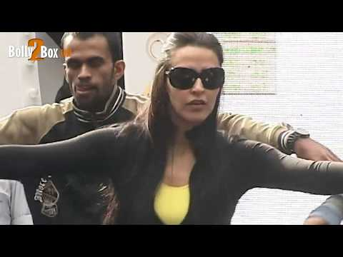 Neha Dhupia Rehearsal for Sahara Star 31st Evening