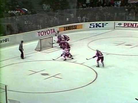 ЧМ по хоккею 1982, Финляндия, СССР - Канада