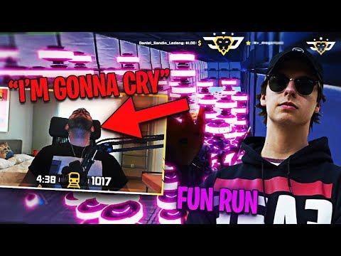 COURAGE VS CIZZORZ FUN RUN! WORLD RECORD RUN?! (Fortnite: Battle Royale)