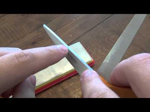 How To : Sharpen Scissors