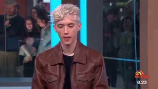 Download Lagu 'Troye Sivan reveals his intimate friendship with Taylor Swift & Ariana Grande' 10/7/18 Gratis STAFABAND