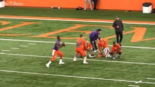 Mike Williams runs the 40 yard dash