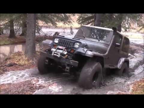 Jeep mudding and having fun!