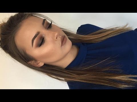 How I Contour My Round Face + KVD Shade Light Contour Palette Review