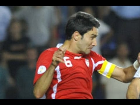 Uzbekistan 0-1 Iran: Substitute Mohammad Reza Khalatbari scored a dramatic winner with virtually the last kick of the match as Iran snatched a 1-0 win over U...