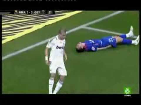 Pepe RED CARD Sent Off For Kicking & amp; Assaulting Getafe Captain Francisco Casquero
