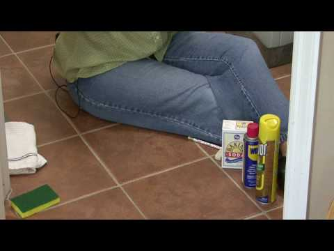 How to remove spray paint from tile floor