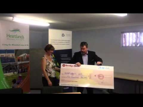 Bendigo Bank cheque presentation