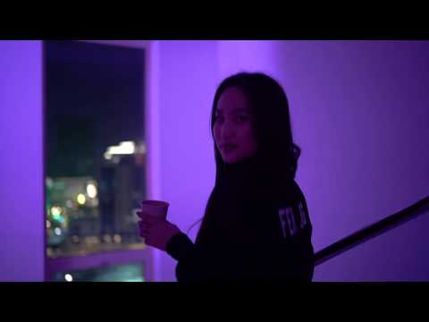 Vandebo ft Saryuna - Huiten (Official Music Video)